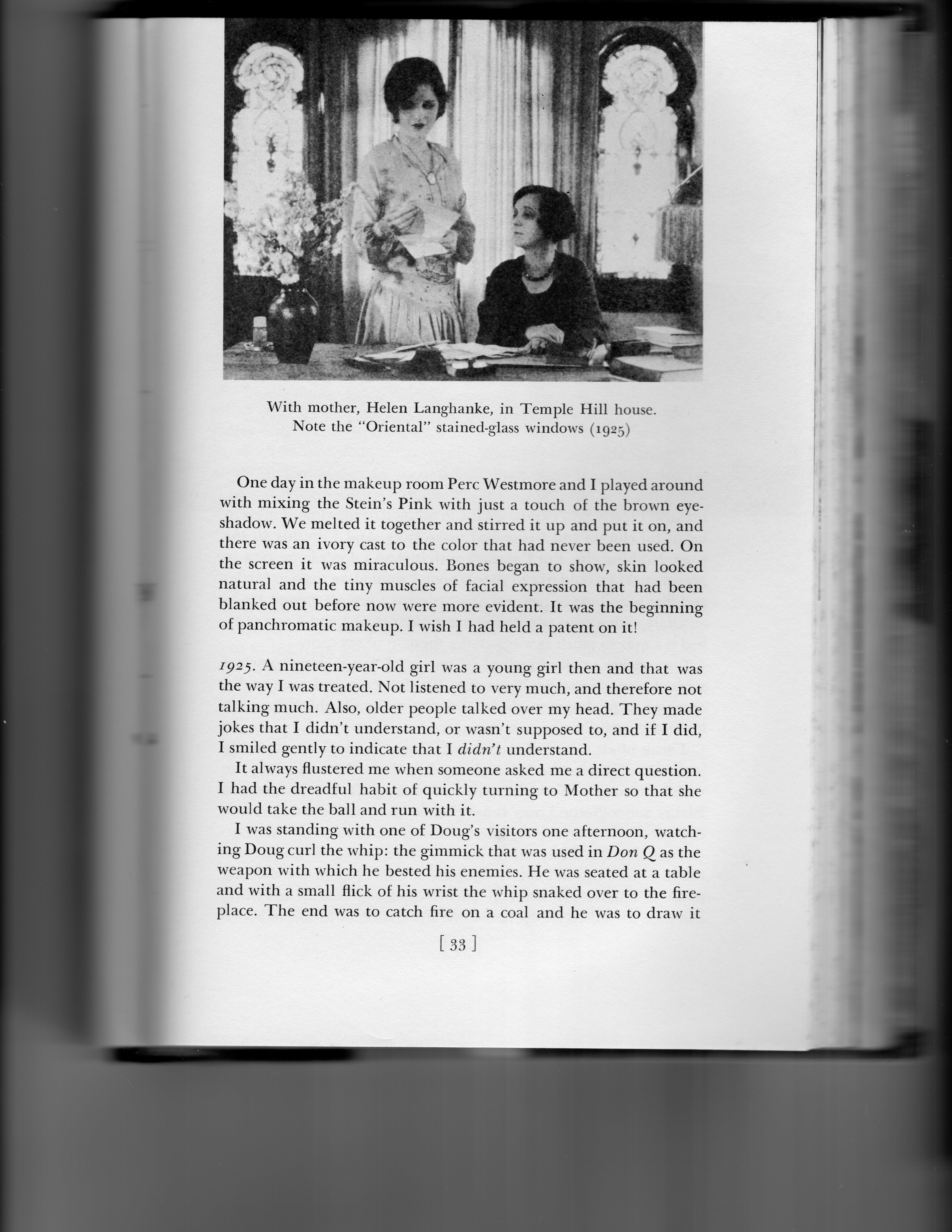 Mary Astor & Helen 1925014