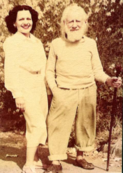Thareen Auroraa and Peter the Hermit, 1950s/Courtesy Stewart Edward Allen