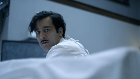 "Clive Owen in ""The Knick"""